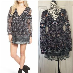 Free People: Cherry Blossom mini dress ✨SZ:4